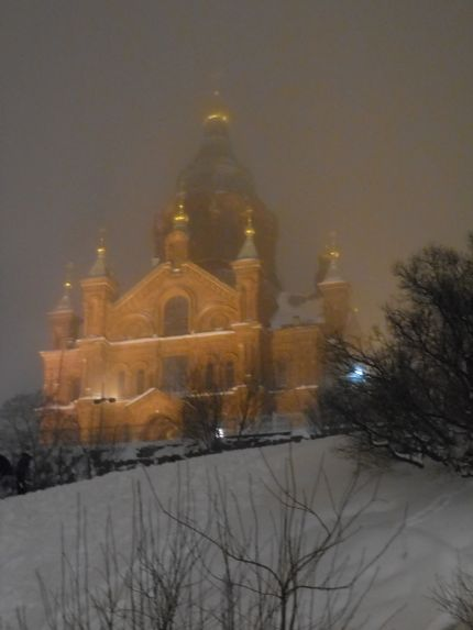 121219uspenski_cathedral